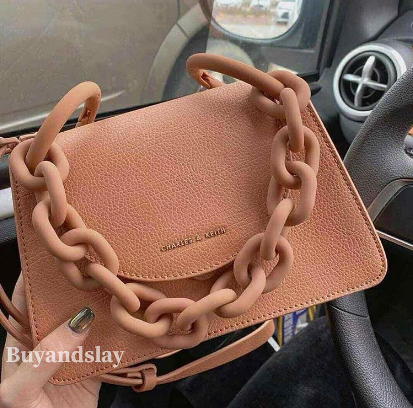 Mini handbag for delivery women